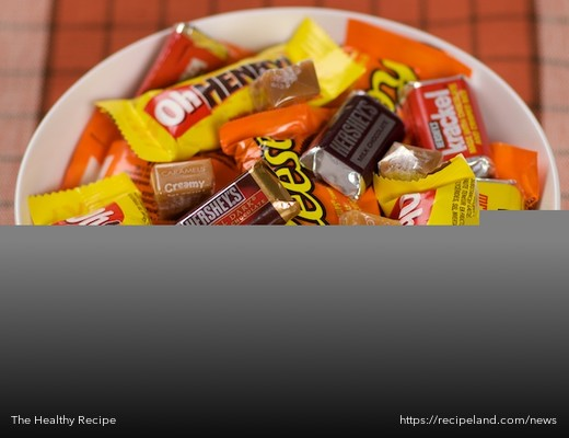 Bowl of common Halloween Candy