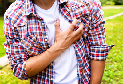 "These Unusual Symptoms May Indicate a ""Silent"" Heart Attack"