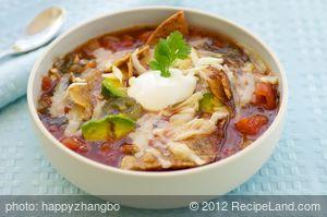 Sopa Azteca (Tortilla Soup)