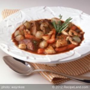Easy Crockpot Beef Stew with Root Vegetables and Peas