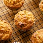 Low-Fat Oatmeal Muffins