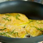 Heat olive oil in sauté pan and saute chicken,