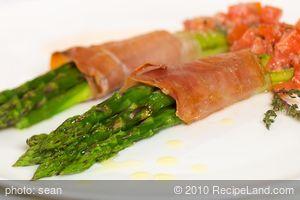 Asparagus Prosciutto Bundles