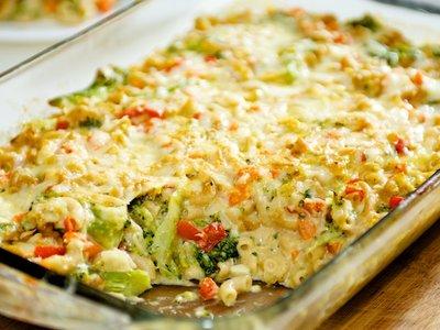 Three Cheese Broccoli Mac and Cheese