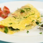 Breakfast Spinach and Tomato Cheese Omelet