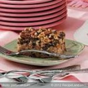 Chocolate Chip-Date Cake