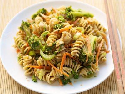 Broccoli Pasta with Sesame Sauce