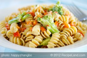 Easy Cheddar Pasta and Vegetables