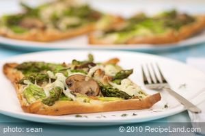 Asparagus Mushroom and Cheese Tart (Low Fat)