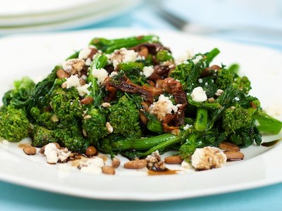 Braised Broccoli Rabe (Rapini) Sun-dried Tomatoes and Feta Cheese