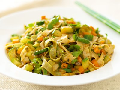 Stir-Fried Veggie with Noodles