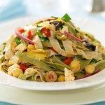 Easy Mediterranean Pasta Salad