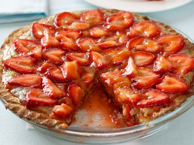 Strawberry-Kiwi Pie