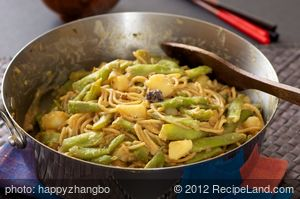 Chinese Broad Bean and Potato Stir-Fry with Noodles