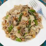 Cheesy Farfalle with Asparagus, Mushrooms and Toasted Walnuts