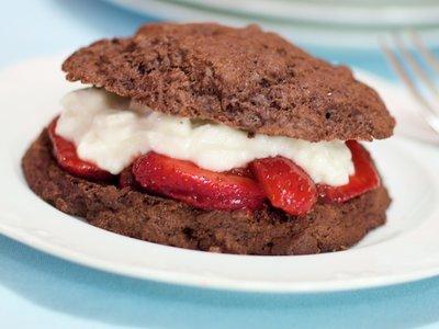 Low Fat Chocolate Strawberry Shortcake
