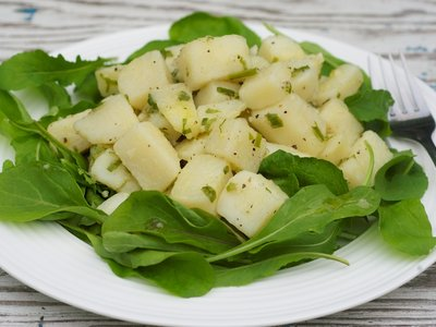 Arugula and Potato with Garlic Vinaigrette