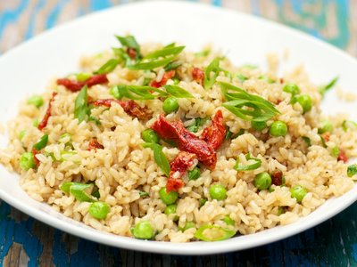 Fried Rice with Peas and Sun-Dried Tomatoes