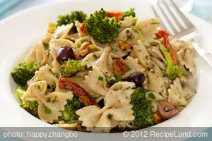 Broccoli, Olives and Feta Pasta Salad