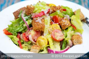 Mixed Salad with Parmesan Croutons