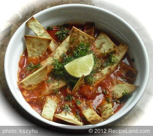 Sopa De Lima (Tomato, Lime, and Tortilla Soup)