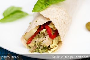 Pesto Chicken and Pepper Wraps