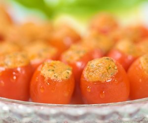 Cherry Tomato-Mozzarella Appetizers