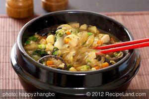 Shiitake and Veggie Stew with Garlic-Black Bean Sacue