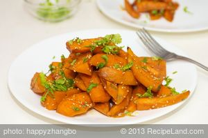 Garlicky, Sweet and Salty Sweet Potato Wedges