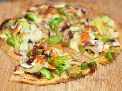 Broccoli, Mushroom and Sun-Dried Tomato Tortilla Pizza