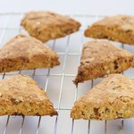 Cinnamon Currant Scottish Oat Scones