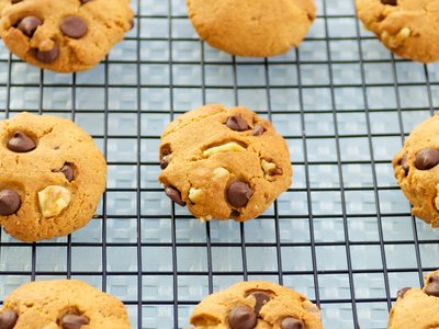 Whole Wheat Peanut Butter Chocolate Chip Cookies