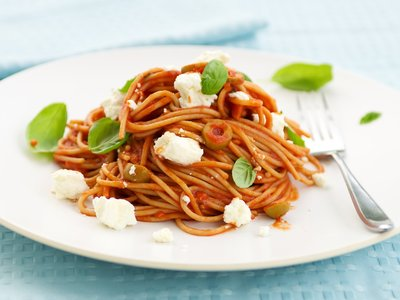 Tomato, Basil and Feta Pasta