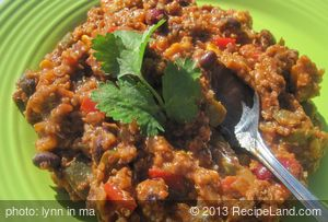Black Bean and Quinoa Chili