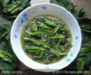 Rich Spinach Soup (Korean Ginchang Sigumchi Kuk)
