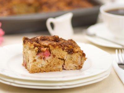 Lunar Rhubarb Cake