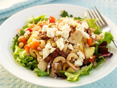 Greek Mac and Cheese Salad