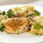 Cheesy Chicken, Rice and Broccoli Casserole