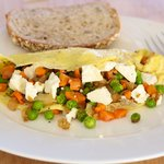 Vegetable Omelet with Cheese