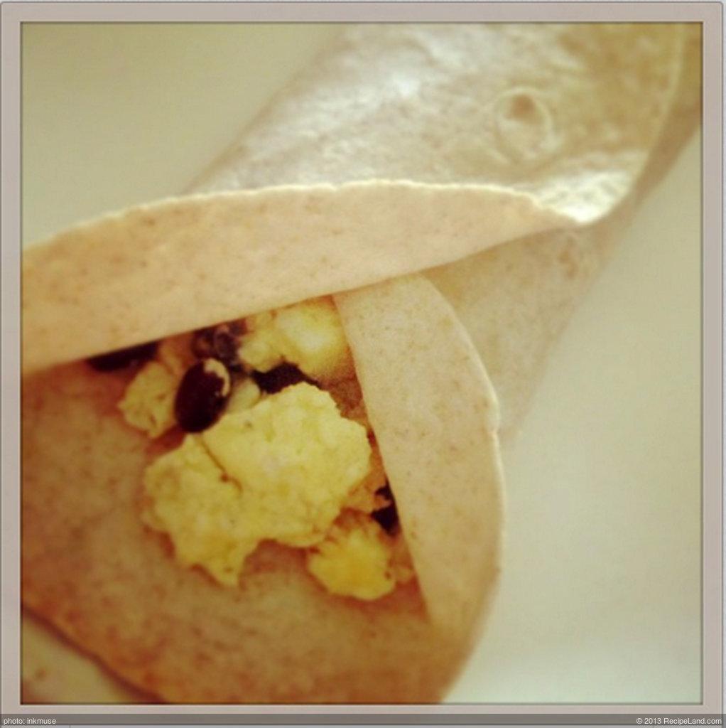 Egg and Black Bean Breakfast Burritos (Nutrition Grade A) (Easy Prep)