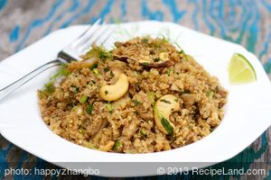 Quinoa Salad with Fennel, Mushrooms and Nuts