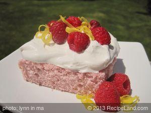 Skinny Raspberry Lemonade Cake