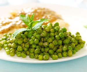 Easy Mint Peas