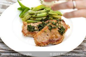 Pork Chops and Sugar Snap Peas with Mint Julep Glaze