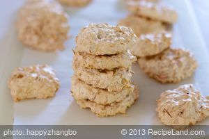 Pillowy Coconut Macaroons