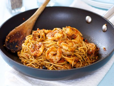 Delicious Spaghetti with Shrimp in Sicilian Sauce