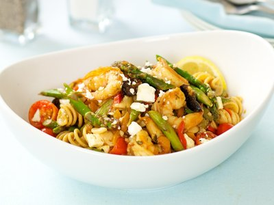 Mediterranean Asparagus Shrimp with Pasta