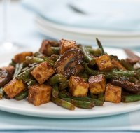 Sour-Spicy Tofu, Green Beans and Mushrooms Stir-Fry