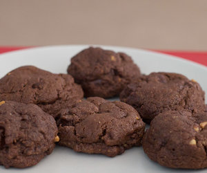 How To Prepare Chocolate Peanut Butter Cookies !!!