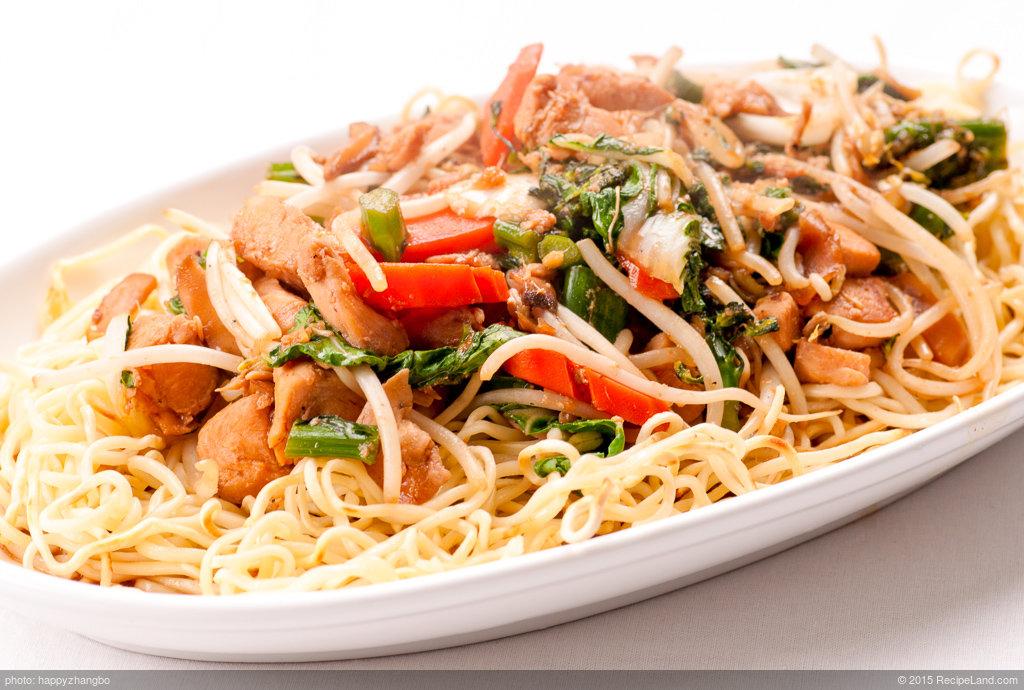 Lisa's Chicken Chow Mein